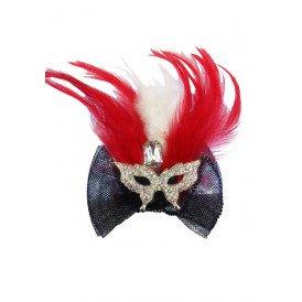 Broche met oogmasker en veren rood/wit