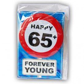 Verjaardagskaart met button 65 jaar
