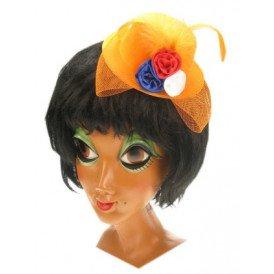 Minihoedje oranje met bloemetje en haarklem