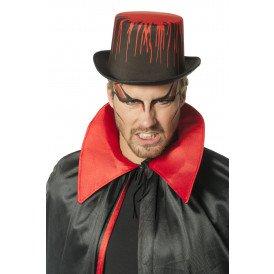 Hoge hoed met bloed