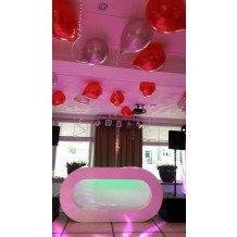 Helium ballonnen tegen plafond
